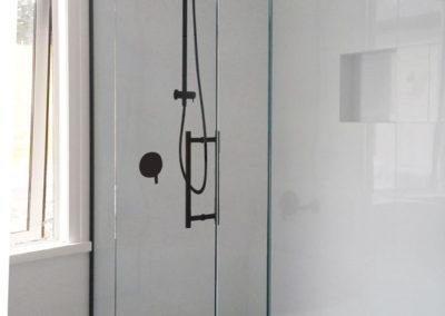 Black-Chrome-Shower