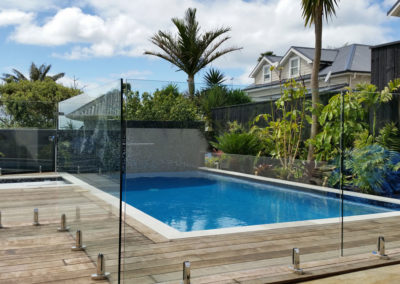 Clear Vista Miniposts Balustrade for Pool Fence